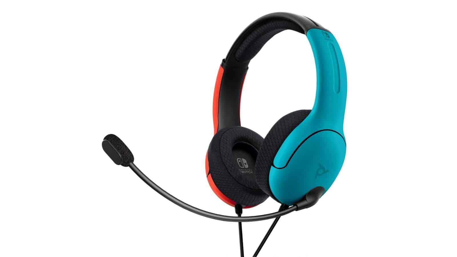 אוזניות בצבע אדום וכחול - זווית צד