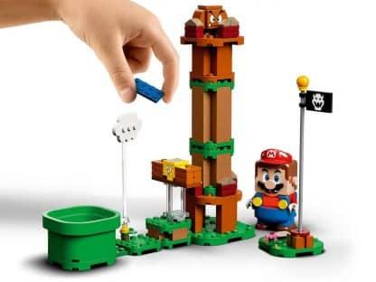 LEGO 71360 Adventures with Mario Starter Course - מריו ליד דגל