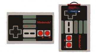 שטיח עם הדפס של בקר NES