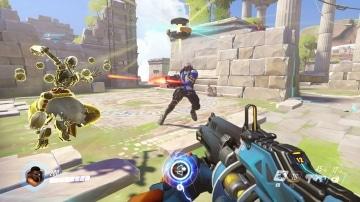 צילום מסך 1 למשחק: Overwatch Legendary Edition לקונסולת נינטנדו סוויץ' קרב בין היריבים