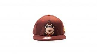 כובע חום בעיצוב דונקי קונג