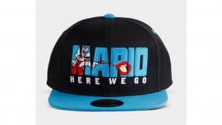 """כובע שחור של סופר מריו עם הכיתוב """"Here We Go"""""""