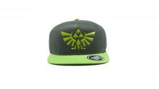כובע ירוק עם סמל משפחת המלוכה של היירול.