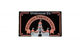 שטיח כניסה לבית בעיצוב הטירה של הנסיכה פיץ' מסדרת משחקי סופר מריו.